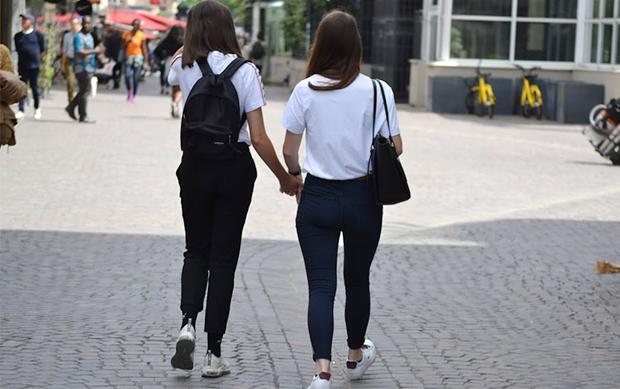 The U ザ・ユー はじめてできたレズビアンとFTXの友だち